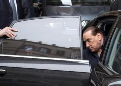 Berlusconi: è in atto un colpo di Stato. Napolitano: assurdo
