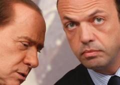 """Berlusconi: """"pugnalato"""" dal suo """"Angelino"""""""