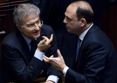 """""""Alfano capo Pdl, altrimenti due partiti"""""""