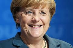 Germania: BMW dona soldi al partito di Angela Merkel