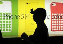 Cina, vendono figlia online per comprare un iPhone