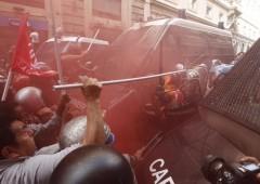 Corteo per il diritto alla casa, Roma nel caos