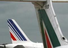 """Alitalia, agenzia viaggi: """"biglietti a rischio per possibile bancarotta"""""""