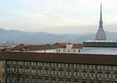"""Torino e il """"ventennio rosso"""". Maxi debito da 3,5 miliardi di euro"""