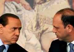 """Lo strappo di Alfano. Berlusconi: """"leali o farete la fine di Fini"""""""