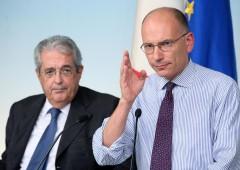 """""""Niente tasse sotto i 12.000 euro"""". Ma il governo frena"""