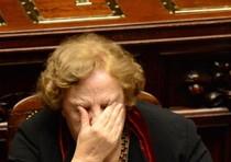 Letta blinda Cancellieri e Renzi, dopo tanto rumore, si adegua