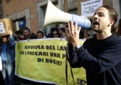 Raddoppiano italiani insoddisfatti per economia, ma anche per la salute e le amicizie