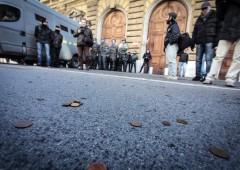 Il blitz dei giovani precari al Ministero dell'Economia