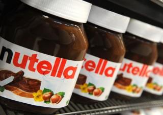 Ferrero e l'impegno a rimanere italiana e a non quotarsi. Ma la fila dei corteggiatori è lunga