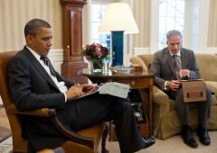 """Obama: """"non posso avere un iPhone"""", questioni di sicurezza"""