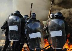 Spagna: piano per salvare oligarchi e punire manifestanti