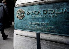 "Bankitalia, protesta risparmiatori. ""Renzi, Visco, Draghi, tutti ladri"""