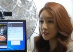 """""""The Diva"""": 34 anni, guadagna $9.000 al mese mangiando di fronte a una webcam"""