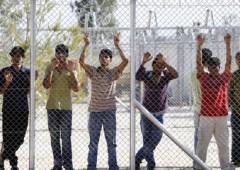 Ue: centri di accoglienza migranti non all'altezza in Italia e Grecia