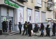 Ucraina: banche impongono controlli di capitale