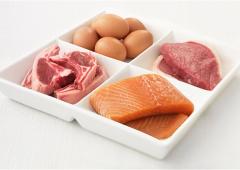 Una dieta con molte proteine fa male quanto il fumo