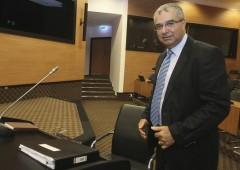 Si dimette Demetriades, banchiere centrale di Cipro
