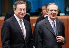 """Renzi: """"Bce non basta. Giù le tasse anche se c'è deficit"""""""