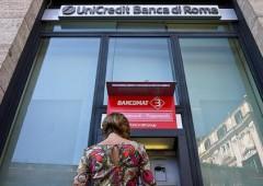 Unicredit: perdita netta record di $20 miliardi. Titolo al top dal 2011