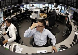 Borsa Milano piatta, cosa sta accadendo al franco svizzero e all'oro?