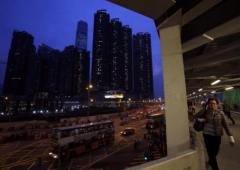 A caccia di liquidità, rincorsi dalle banche, milionari cinesi svendono case ovunque