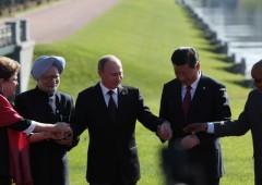 Brics a fianco della Russia, che alza il prezzo del gas