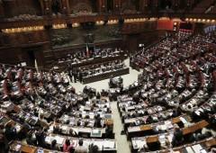 Decreto lavoro, Renzi ottiene la fiducia alla Camera