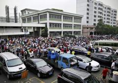 Scioperi in Cina: operai Adidas e Nike si ribellano