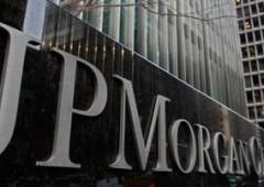 La crociata puritana di JP Morgan: niente più clienti porno
