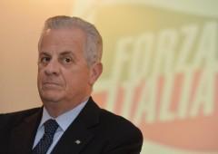 L'ex ministro Claudio Scajola arrestato dalla Dia di Reggio Calabria