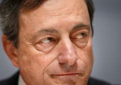 Euro scivola sotto 1,37 ai minimi da fine febbraio