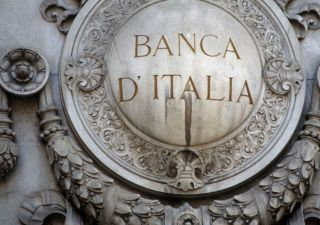 Banche, in arrivo una tegola da 400 miliardi. Spettro troika in Italia