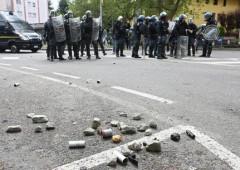 No a licenziamenti, alta tensione al Caat di Torino. Feriti