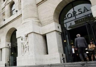 Panic selling in Europa, 13 sospensioni a Milano. Trader furiosi con la Fed