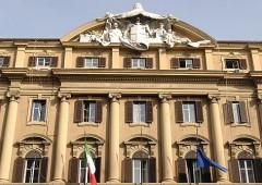 Italia schiava del debito? Conviene a banche e fondi