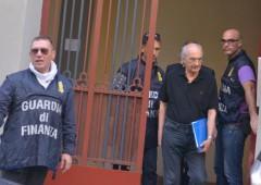 Berneschi jr inchioda il padre: «Un folle, ha sempre rubato». Le intercettazioni