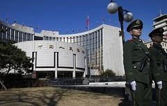 Banche centrali continuano a manipolare i mercati, ora investono sull'azionario