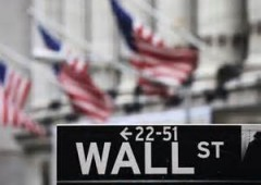 Wall Street guadagna terreno nel finale, S&P500 al nuovo top