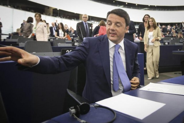 Matteo Renzi all'europarlamento a Straburgo