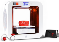 In arrivo la prima stampante 3D a usare plastica riciclata