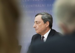 Borsa Milano chiude male, Europa debole per i guai di Erste Bank