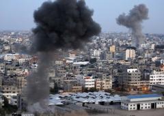 Gaza: razzi sfiorano centrale nucleare Israele. Guerra a un passo