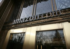 Wall Street: finale di settimana di realizzi, crolla Amazon