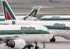 """Alitalia, rumor: a caccia di 1 miliardo di euro. Calenda: """"gestita male"""""""