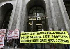 Napoli, proteste contro riunione Bce e Troika