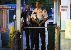 Uomo armato e pregiudicato in ascensore con Obama