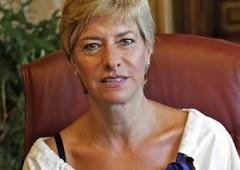 Ministro della Difesa Pinotti fa la spesa da Ikea con la scorta