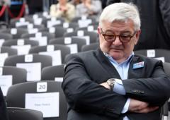 "L'avvertimento del tedesco Fischer: ""Merkel sta distruggendo l'Europa"""