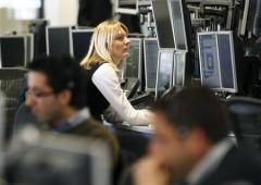 Unicredit, titoli in calo nel giorno del lancio aumento di capitale